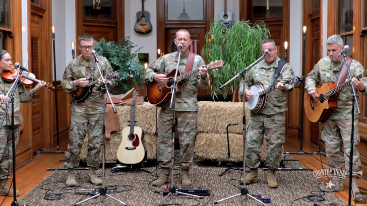 """These U S  Soldiers Cover Pink Floyd's """"Wish You Were Here"""